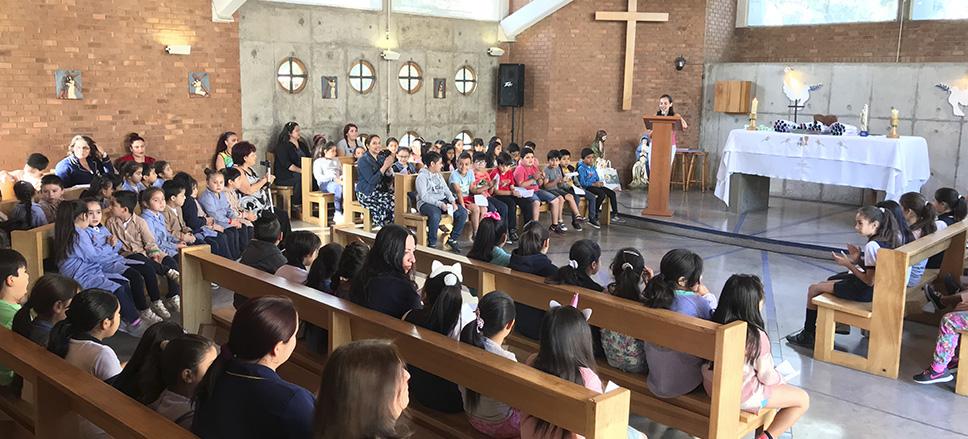 Con una en nuestra capilla finaliza el mes de María en el Colegio Monte Olivo